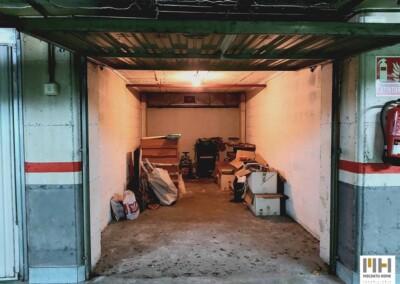 Inmobiliaria en Irún te presenta garaje cerrado en calle Estación (Irún Centro). Precio 26.000 €. Comprar garaje Irún