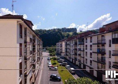 http://Piso_bera_plaza_urruna_navarra_venta_inmobiliaria_home_staging_moldatu_home_01
