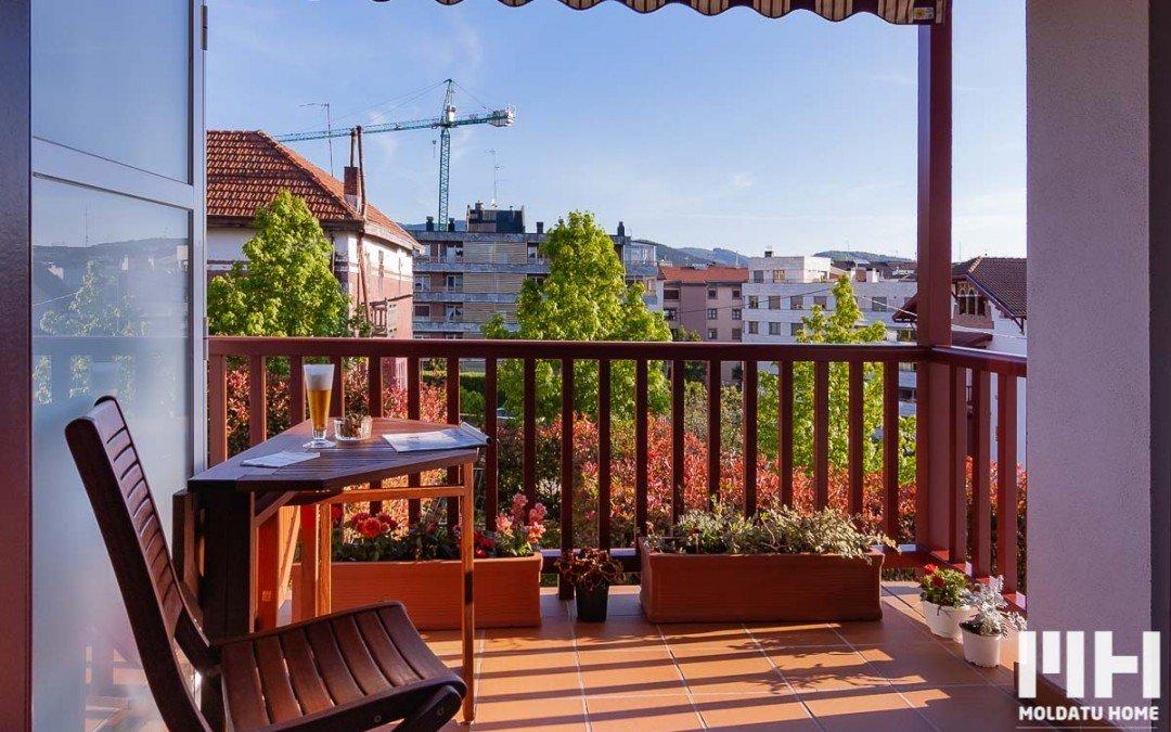 Etxebizitza ia berria terraza eta aparkalekuarekin Mendibilen. Prezioa 410.000 €