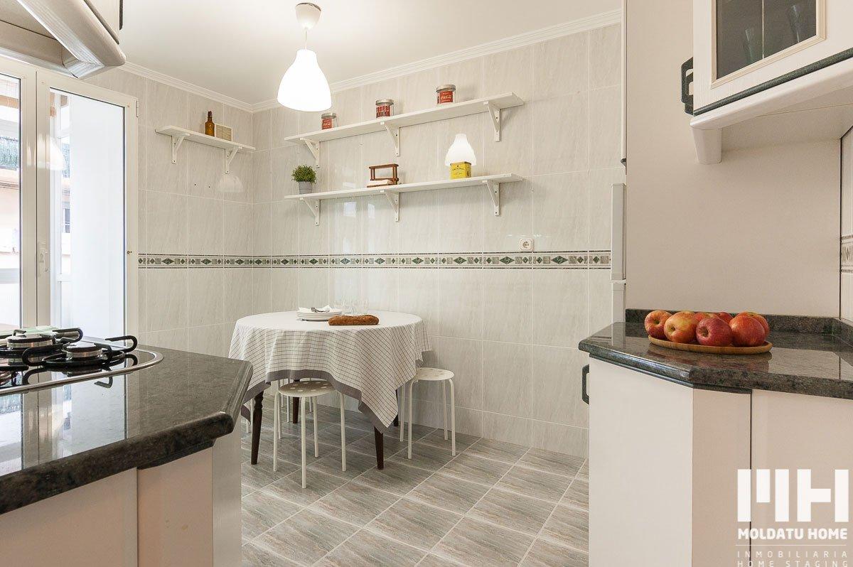 http://jose-alkain-18-inmobiliaria-irun-home-staging-moldatu-home