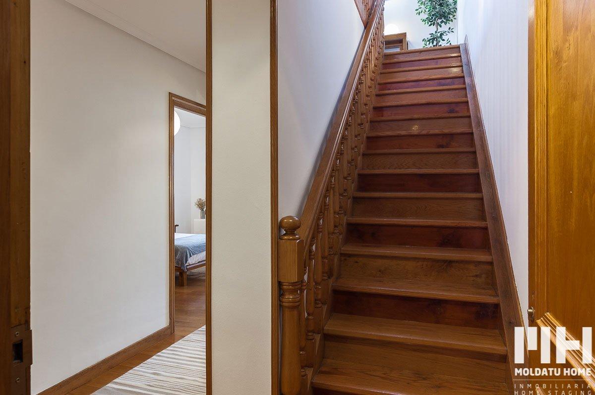 http://piso-duplex-bera-01-inmobiliaria-irun-home-staging-moldatu-home