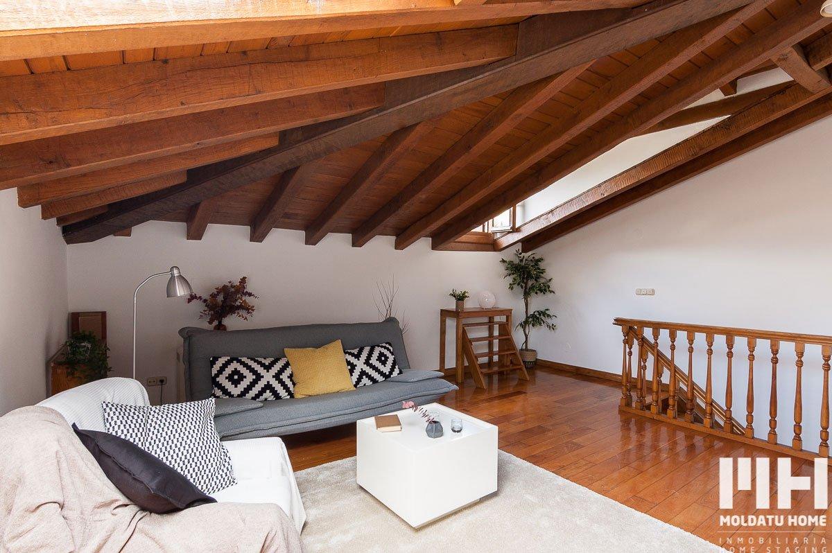 http://piso-duplex-bera-04-inmobiliaria-irun-home-staging-moldatu-home