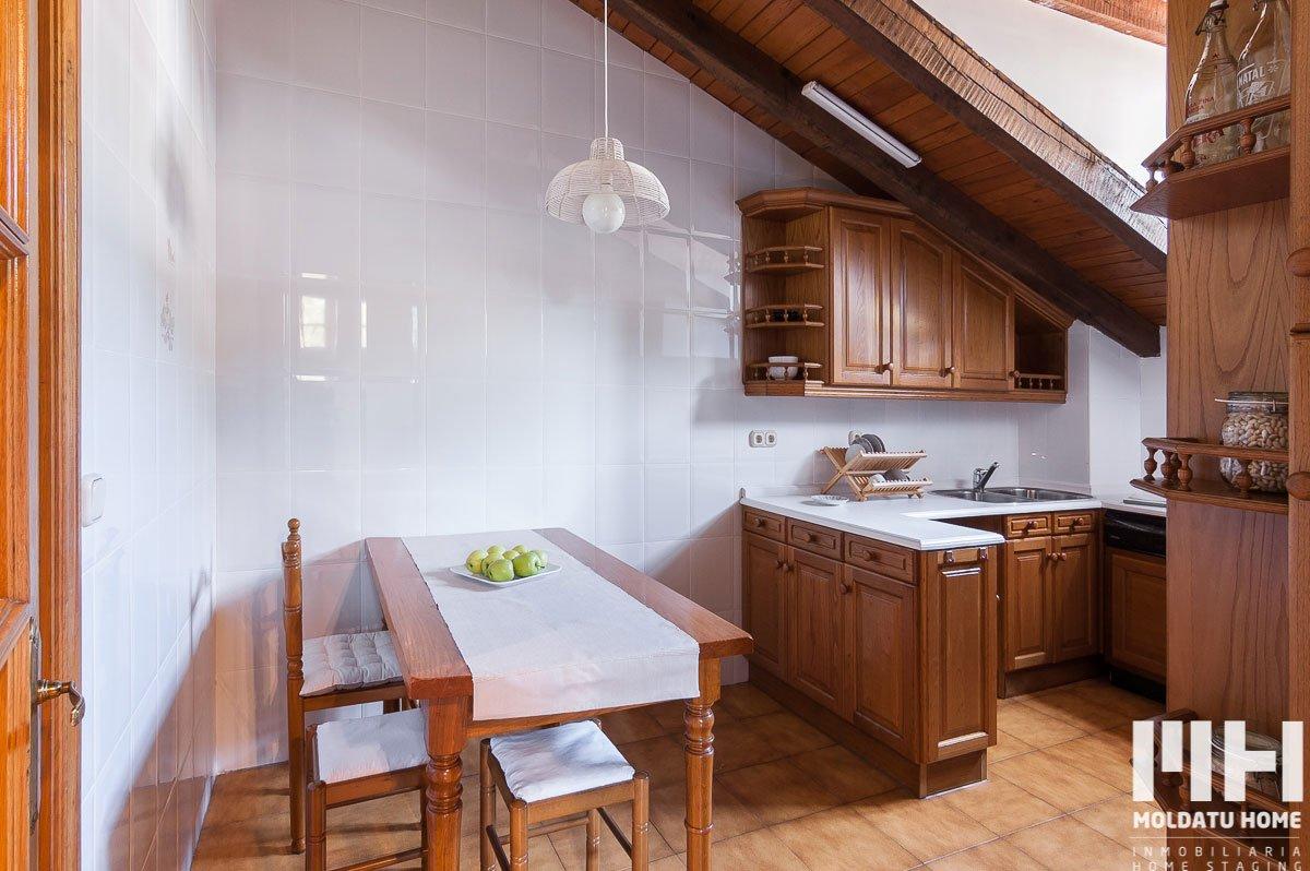 http://piso-duplex-bera-06-inmobiliaria-irun-home-staging-moldatu-home