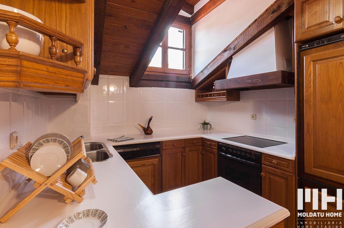 http://piso-duplex-bera-07-inmobiliaria-irun-home-staging-moldatu-home