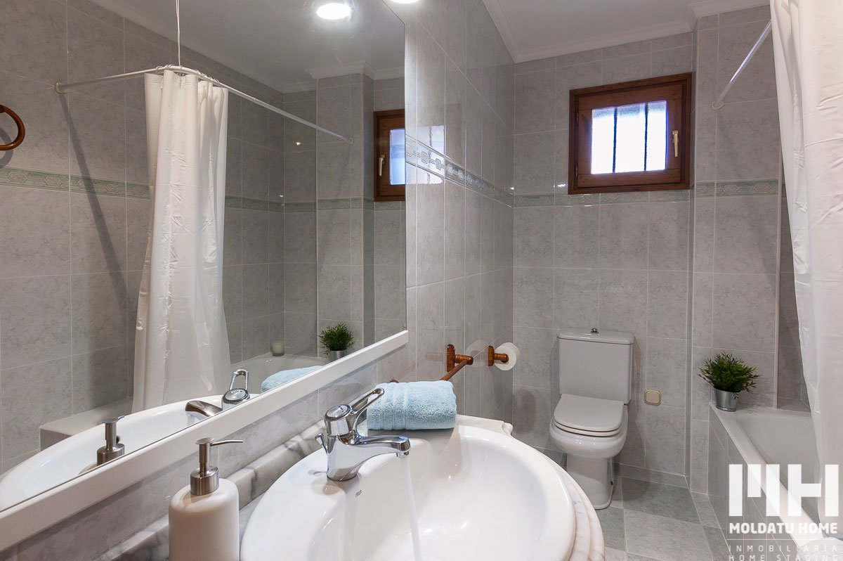 http://piso-duplex-bera-10-inmobiliaria-irun-home-staging-moldatu-home