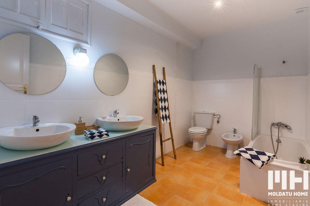 http://piso-luminoso-irun-09-inmobiliaria-irun-home-staging-moldatu-home
