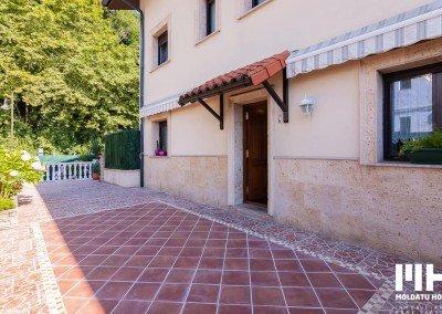 http://villa_familiar_venta_hondarribia_kosta_irun_inmobiliaria_home_staging_moldatu_home_01