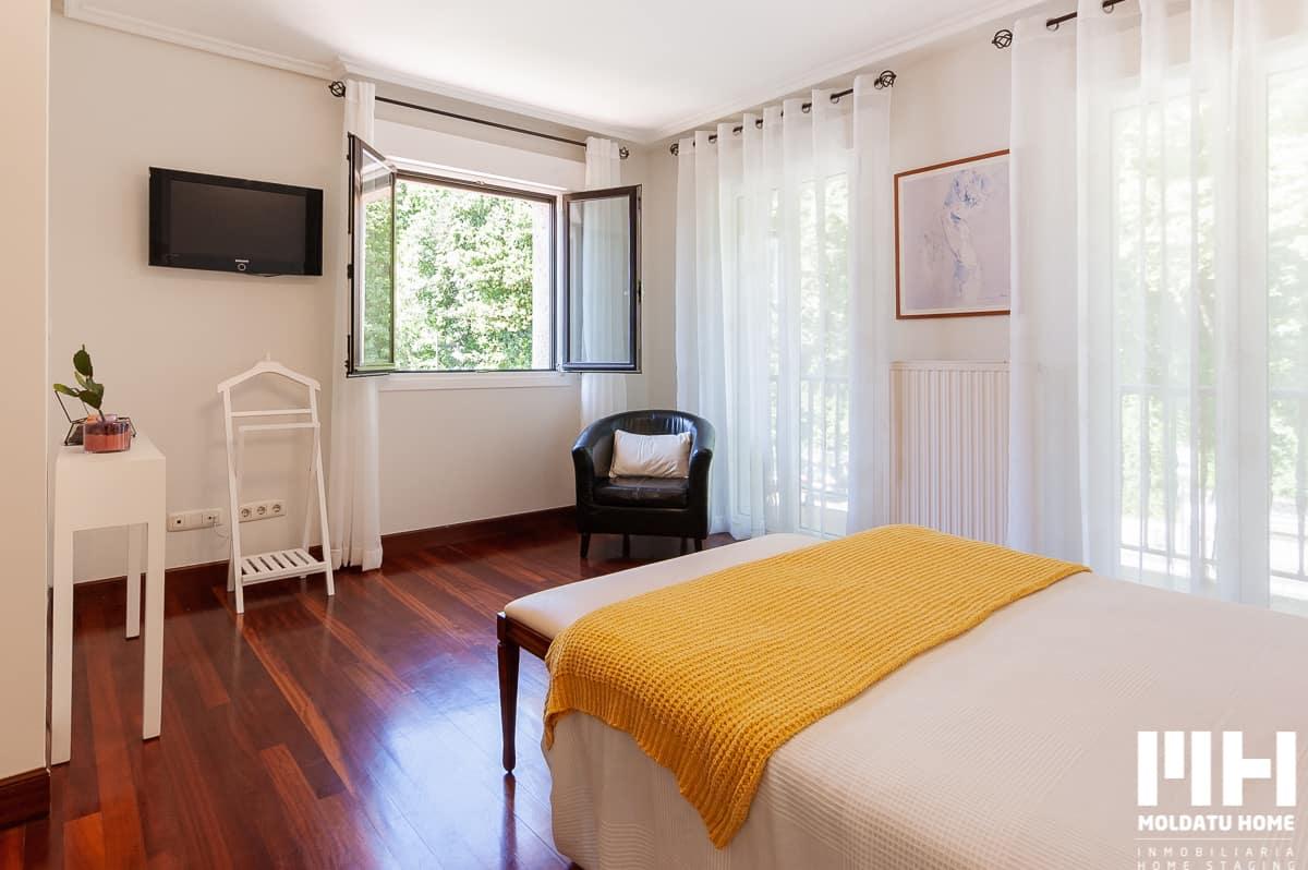 http://villa_familiar_venta_hondarribia_kosta_irun_inmobiliaria_home_staging_moldatu_home_11