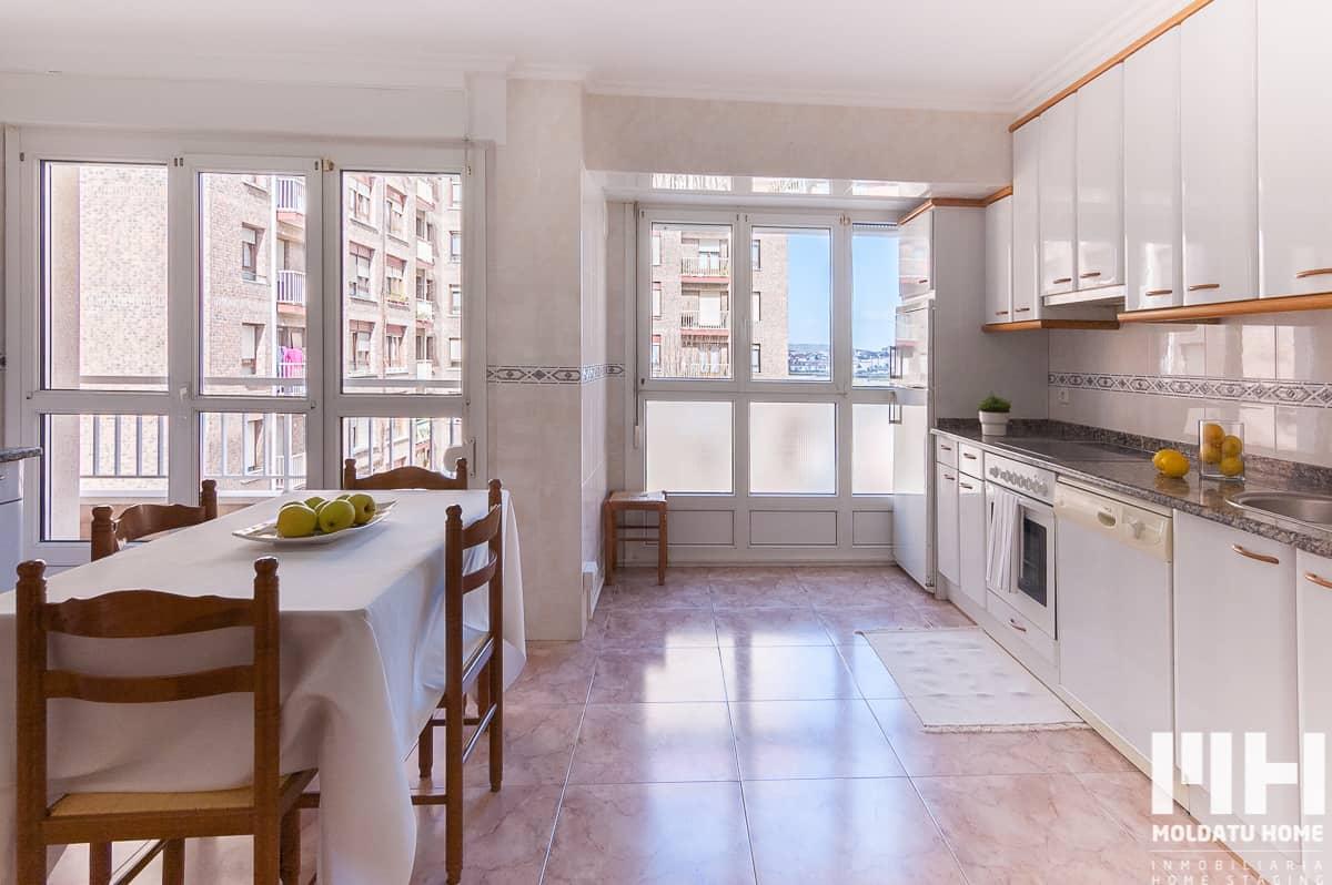 http://vivienda_venta_pintor_berroeta_1_irun_hondarribia_inmobiliaria_home_staging_moldatu_home_06